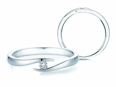 Affordable engagement rings from €129